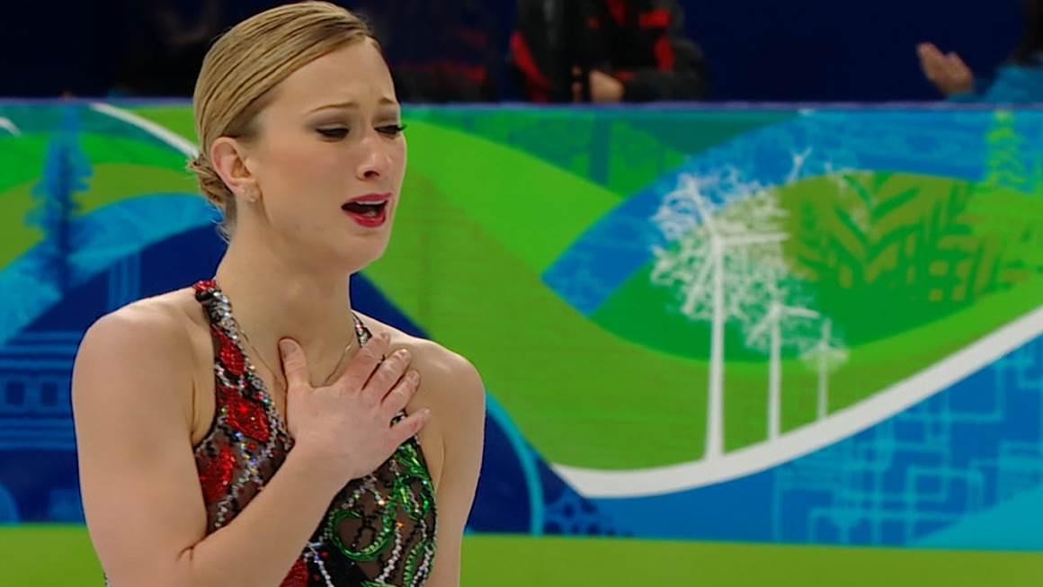 Deux jours après que sa mère ait été emportée par une crise cardiaque, Joannie Rochette a décroché une médaille de bronze aux Jeux olympiques de Vancouver de 2010.
