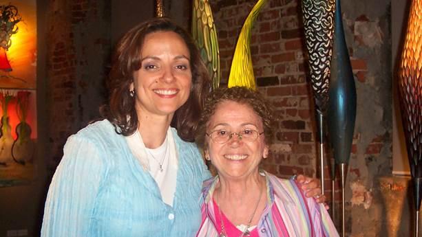 Christine Cushing avec sa mère.