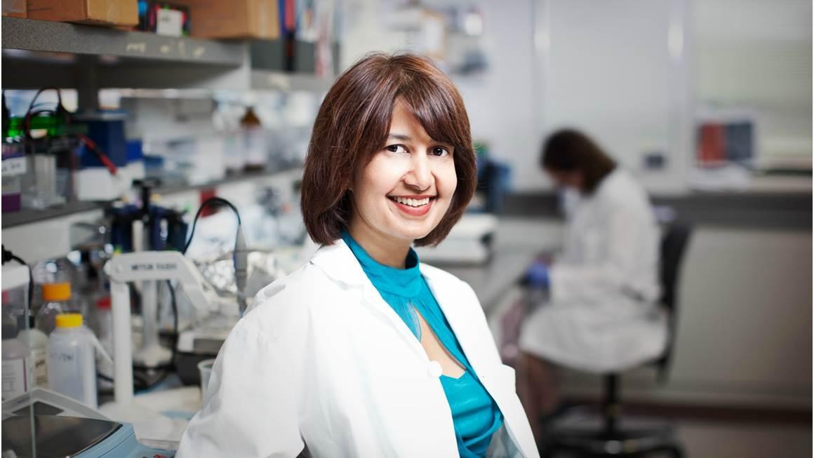 La Dre Seema Mital dans son laboratoire