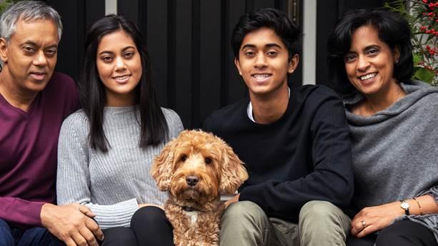 Praveen Varshney et sa famille